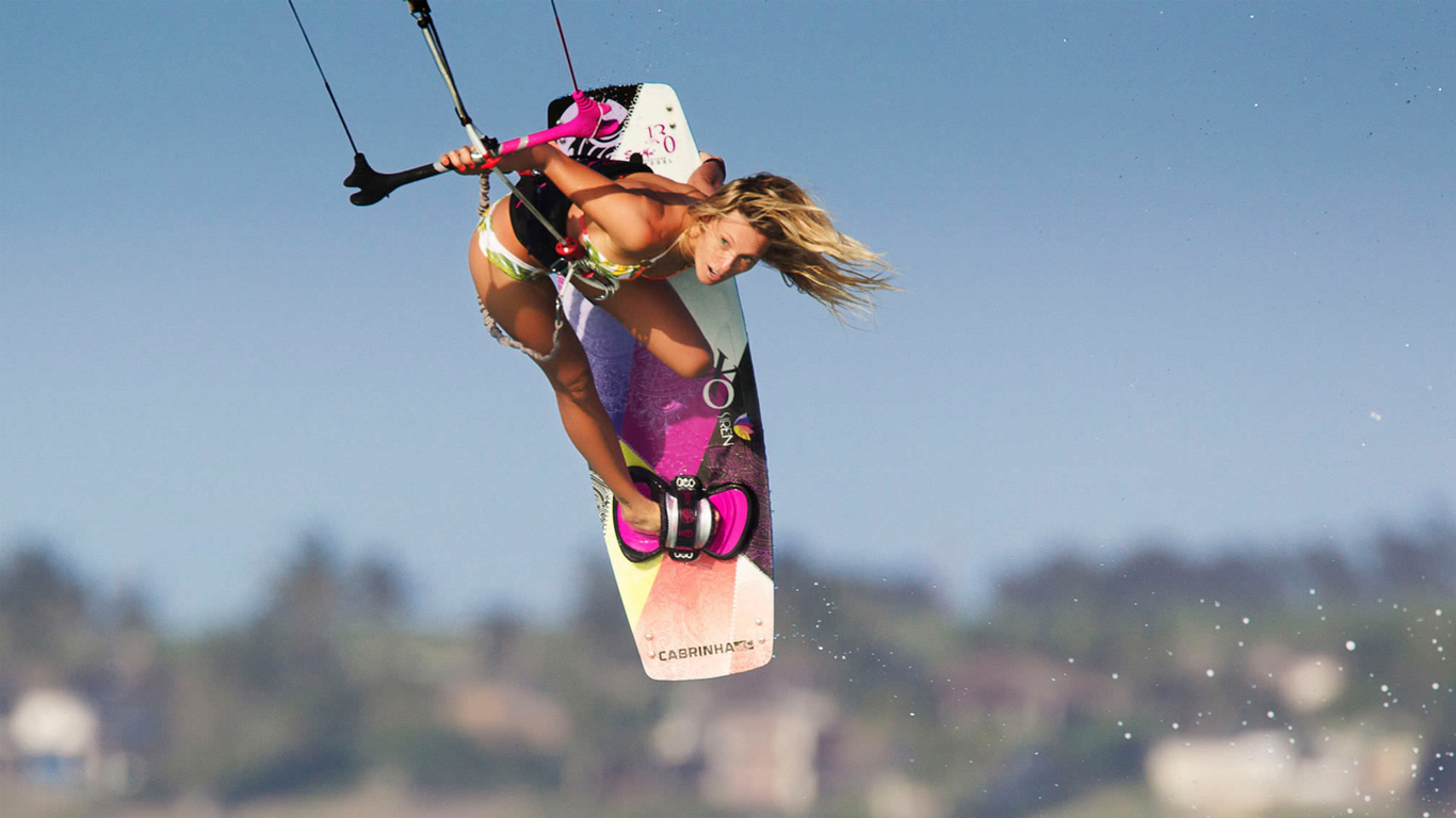 kitesurf wallpaper image - Susi Mai showing how it's done. - in resolution: High Definition - HD 16:9 1366 X 768
