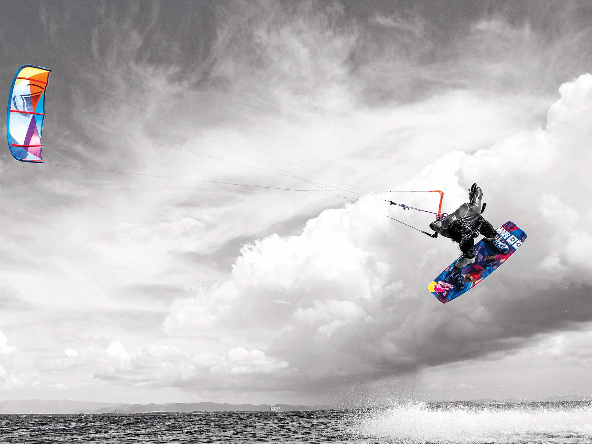 kitesurf wallpaper image - Christophe Tack on the 2015 Liquid Force HIFI-X kite and element kiteboard during a handle pass  - in resolution: Standard 4:3 1920 X 1440
