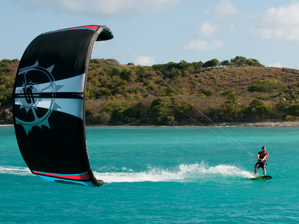 kitesurf wallpaper image - Sam Light cruising on the 2015 Slingshot fuel - in resolution: iPad 1 1024 X 768