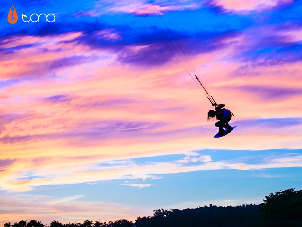 kitesurf wallpaper image - Indie grab at sunset with Tona Boards - kitesurfing - in resolution: iPad 1 1024 X 768