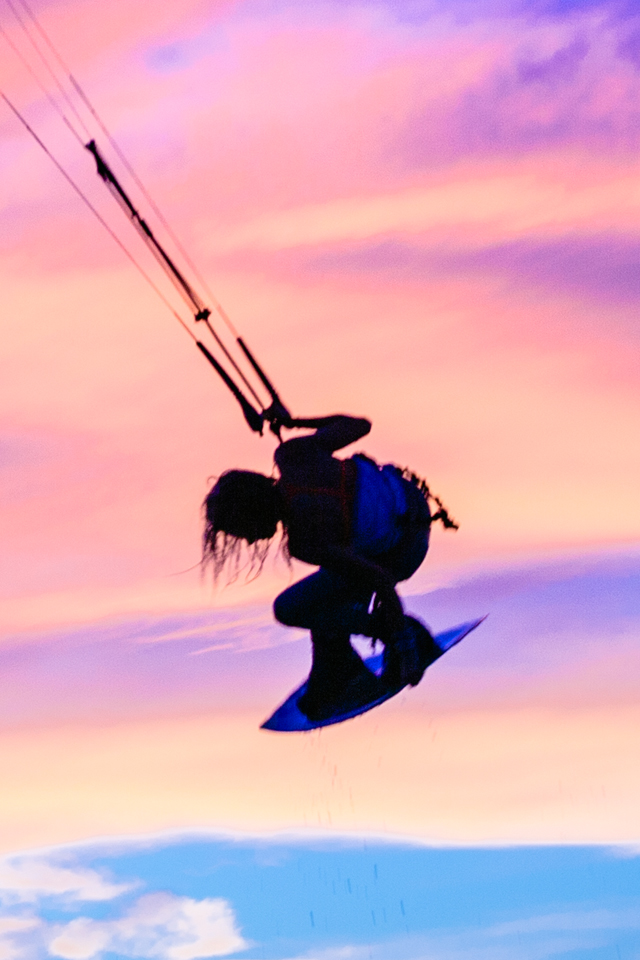kitesurf wallpaper image - Indie grab at sunset with Tona Boards - kitesurfing - in resolution: iPhone 640 X 960