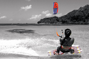 Sensi Graves with the 2015 Liquid Force Envy Kite and riding the carbon element kiteboard